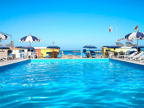 Hotel 4 stelle con piscina a bellaria igea marina holidays oo - Hotel con piscina bellaria ...